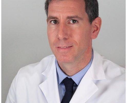 Dr. Mikel Aramberri